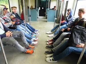 140625 sneakers s-bahn-NOM Wilvorst + Sneakers 101
