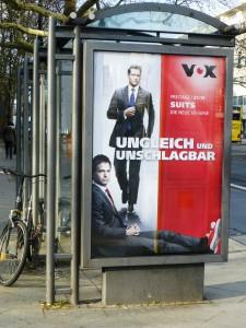 """Werbeplakat für die Fernsehserie """"Suits"""". Foto © Rose Wagner"""