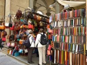 Marktstand mit Billigware