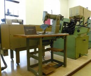 Maschinen für die Schuhproduktion. Foto © Rose Wagner