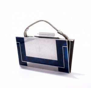 Tasche aus Aluminium mit Kunststoff-Beschichtung, Frankreich, ca. 1930. Foto © Taschenmuseum Hendrikje Amsterdam / LODB- Ivo