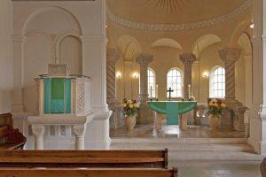 Evangelische Kirche Wolfratshausen, Altar- und Kanzel-Antependium, Entwurf Beate Baberske, Ausführung Paramentik Diakonie Neuendettelsau. Foto © Beate Baberske