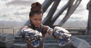 Shuri (Letitia Wright) beim Kampf. Foto © Marvel