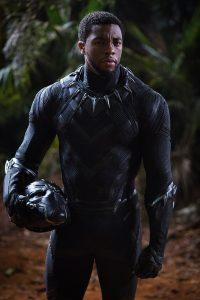T´Challa (Chadwick Boseman) im Black-Panther-Kostüm. Foto © Marvel2018